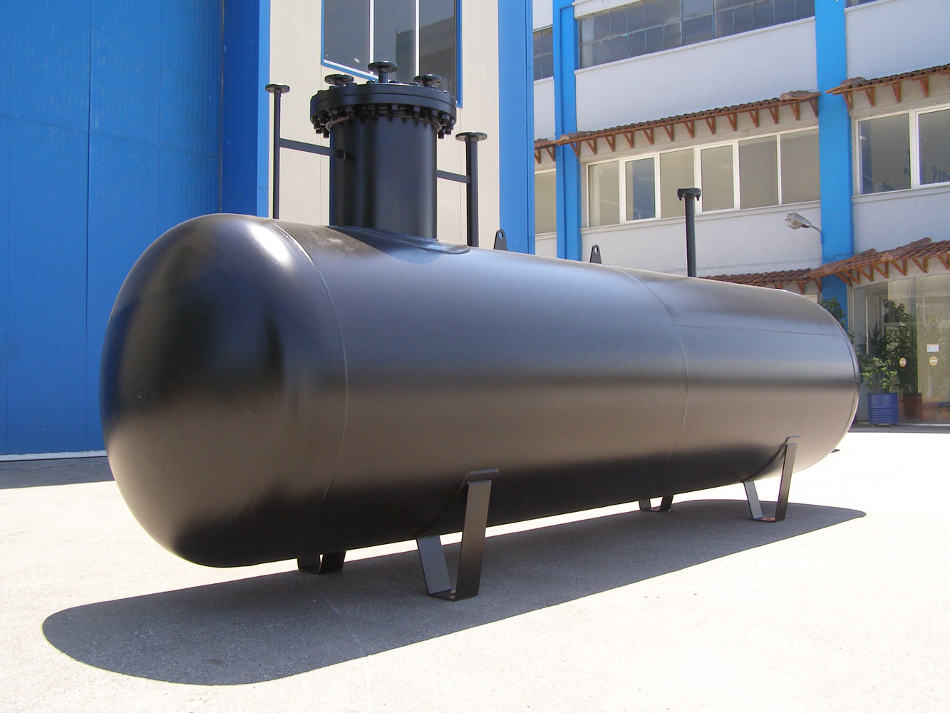 GAS STORAGE (LPG) TANKS